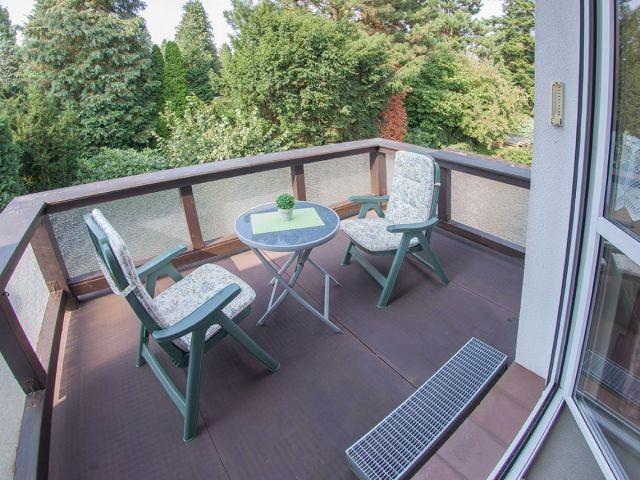 Sonnenplatz auf dem Balkon