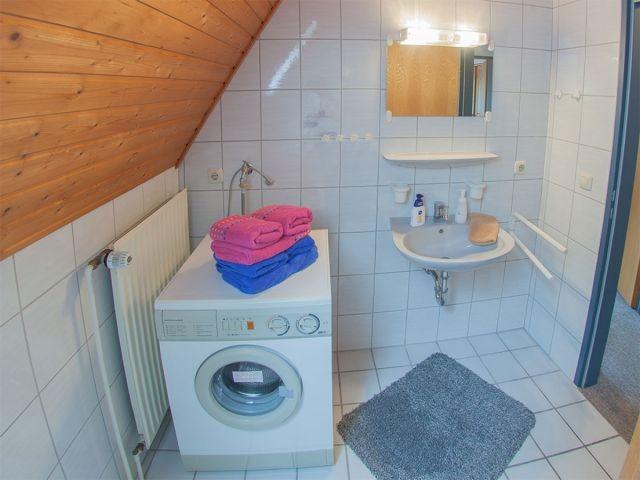 Waschplatz mit Waschmaschine