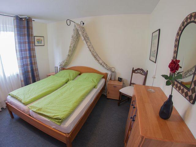 Komfortables Bett 160x200