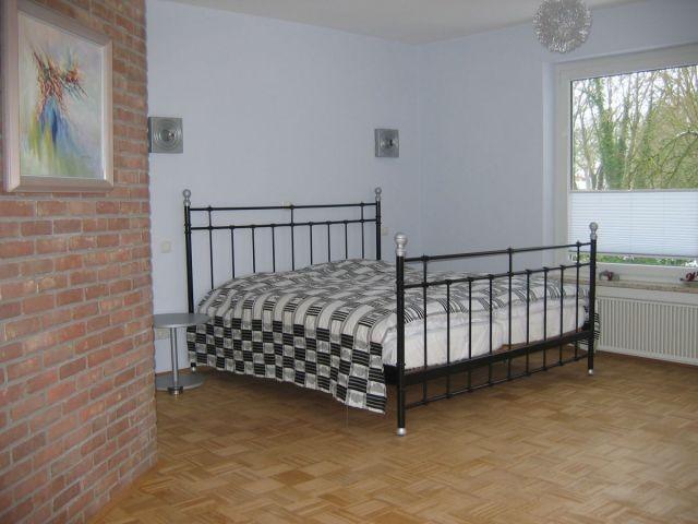 Das Doppelbett im Bad en-suite