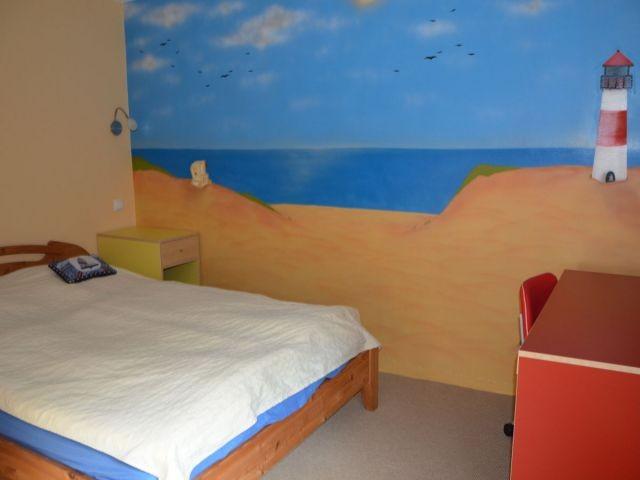 Doppelzimmer 1 mit Meer-Wandbild...