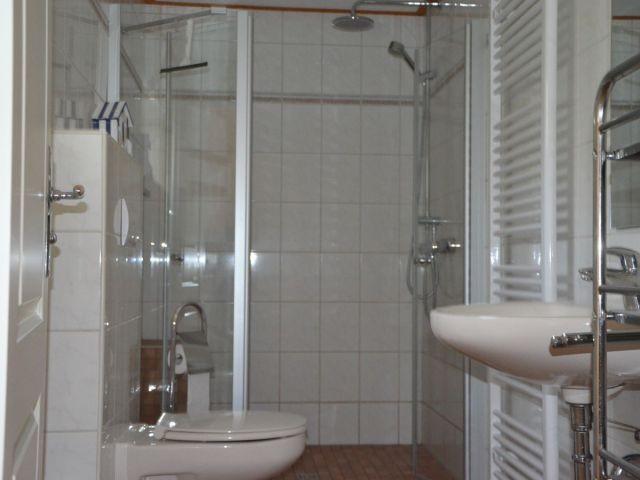 Helles Duschbad