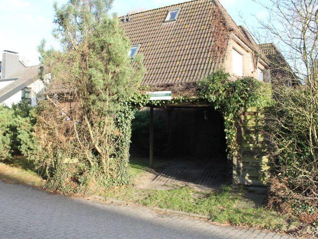 Eigener Carport und Zugang zur Terrasse Wattwurm 1