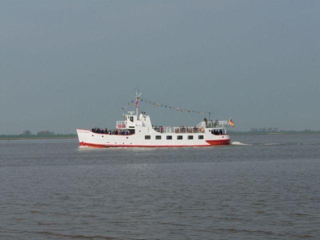 """Ausflugsschiff """"Etta von Dangast"""" auf Heimreise"""