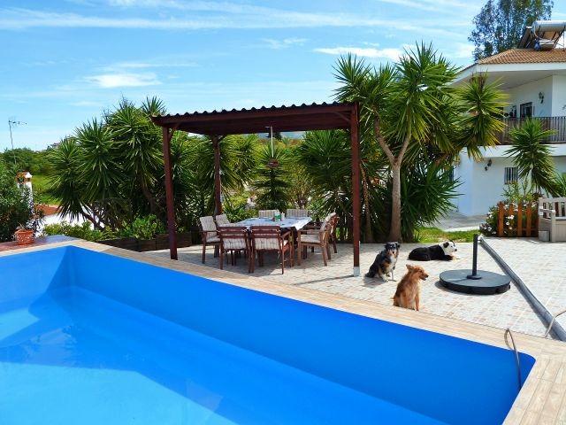 neuer Pavillon am Pool