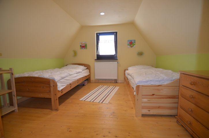 ein Bett lässt sich ausziehen für die 5. Person