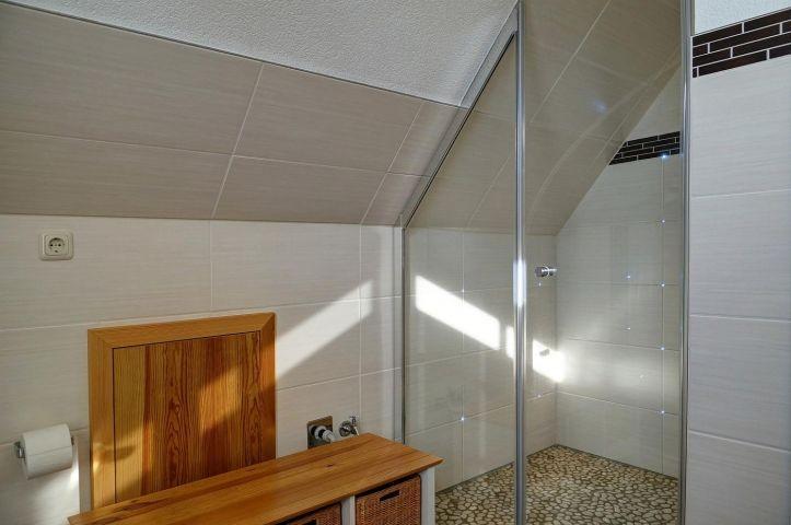 Dusche im Bad Obergeschoß