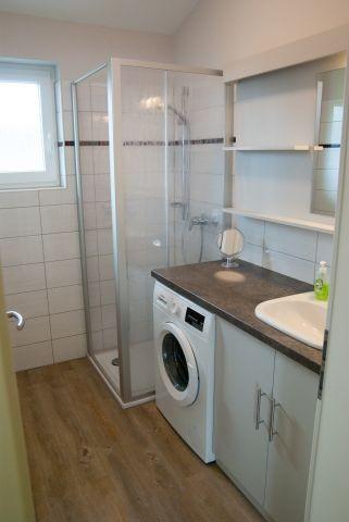 Das Bad mit Waschmaschine