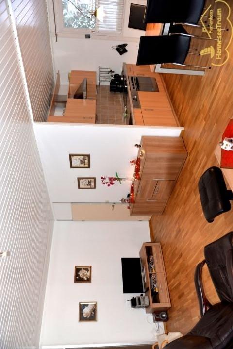 Blick auf die Küche und Wohnraum