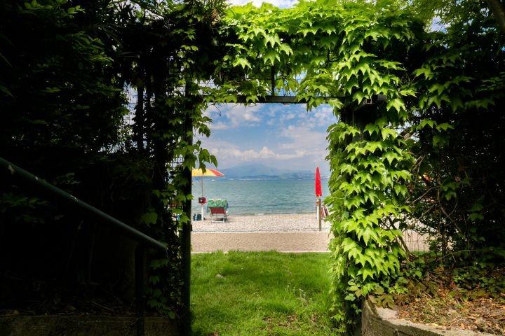 der private Zugang zum See