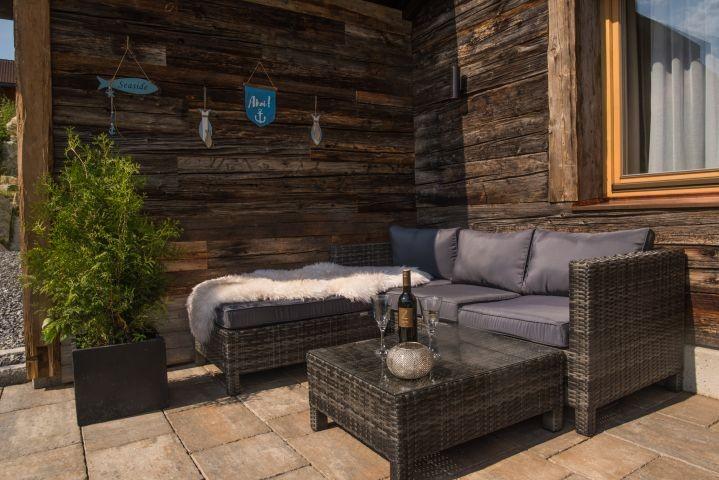 Gemütliche Lounge-Ecke im Garten