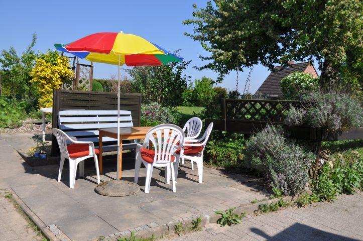 Gemütliches Sitzen im Garten