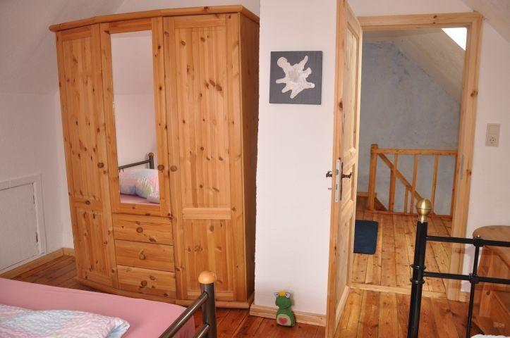 Schlafzimmer 2 Schrank