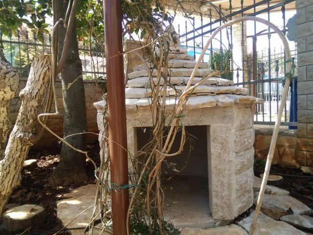 Istrisches Steinhaushandwerk im Garten