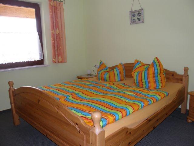 Typ 1/2 Schlafzimmer mit TV