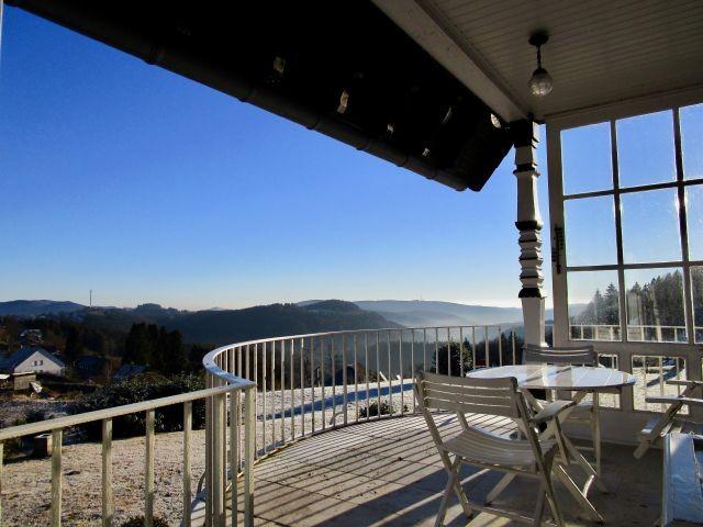 Panoramablick vom Balkon