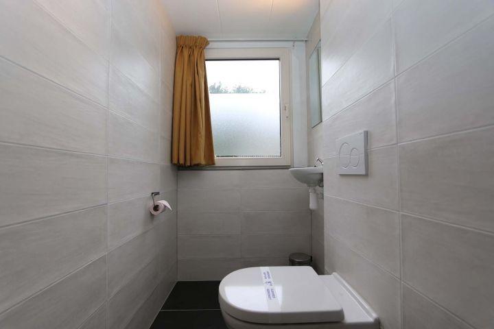 Toilette 1. Stock