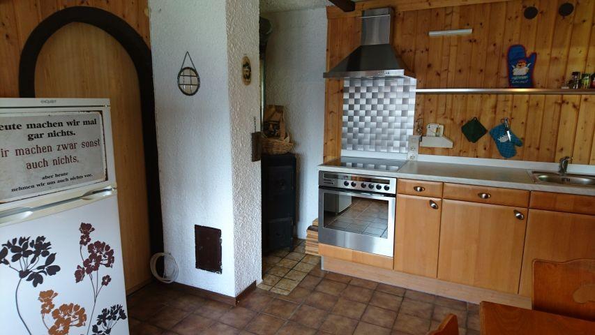 Wohnraum und Küche 3