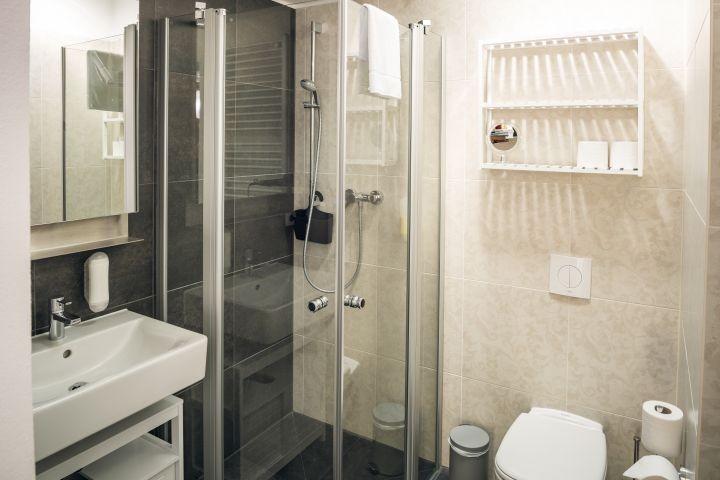 Bad mit Lichtfenster