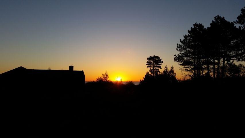 Sonnenaufgang im Mai von derWohnzimmer/ Terrasse