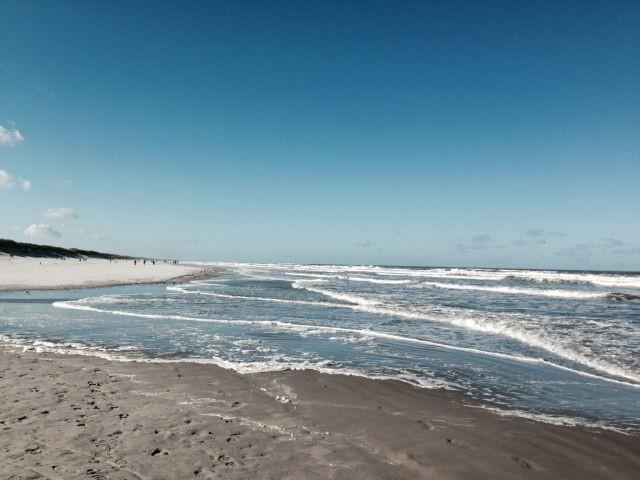 Der weite Strand ist nur 10 Gehminuten entfernt