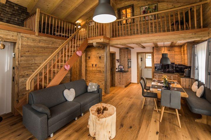 Der Wohnbereich in Felixe´s Lodge