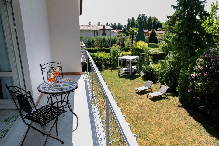 Balkon mit Garten