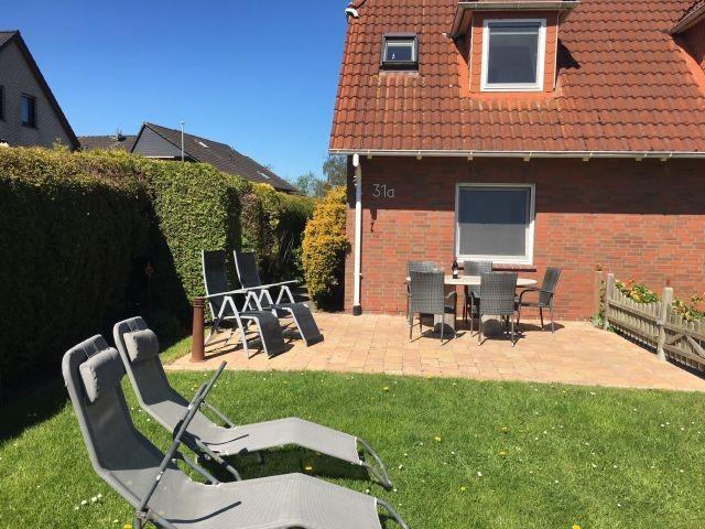 Neue Terrasse im Garten