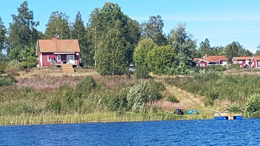 Das Haus vom See aus