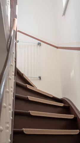Treppenaufgang zum Obergeschoss