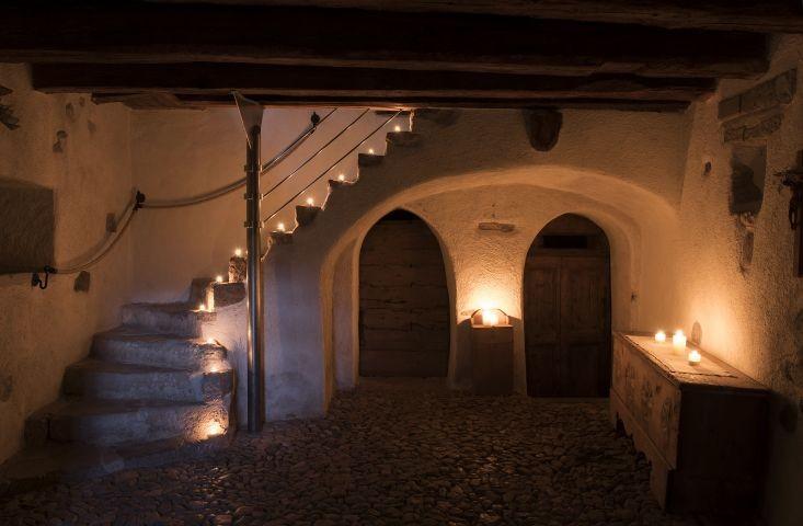 der Eingangsbereich mit Kopfsteinpflaster