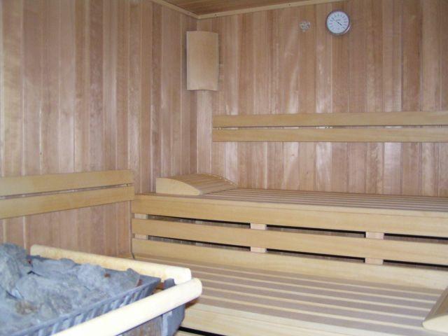 Zwei Saunen (Bio-Sauna und finnische Sauna) zur Entspannung gratis.