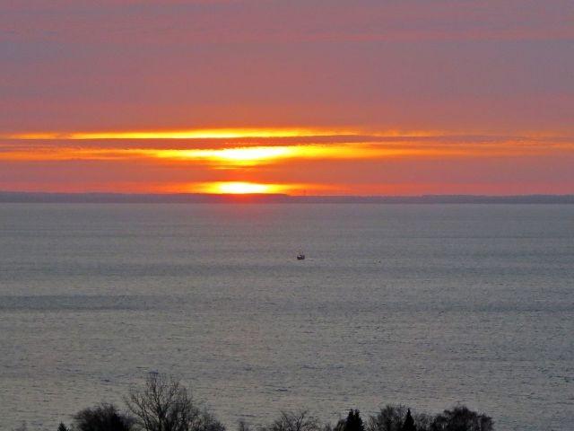 Zum Abschluss noch einmal ein romantischer Blick von Ihrer Wohnung aufs Meer !!!