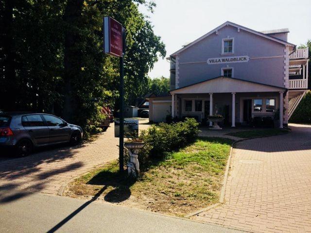 Außenansicht der Villa Waldblick auf der Insel Rügen im Ostseebad Baabe!
