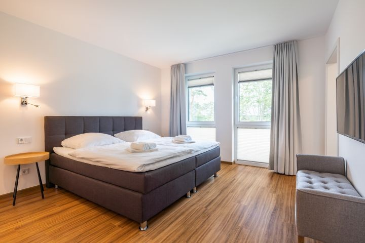 großes Schlafzimmer mit  luxuriösem  Bad Ensuite