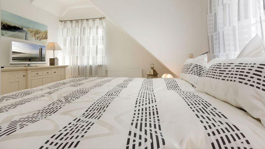 2. Schlafzimmer im Obergeschoss