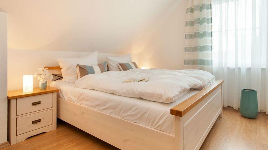 Schlafzimmer 2 (OG)