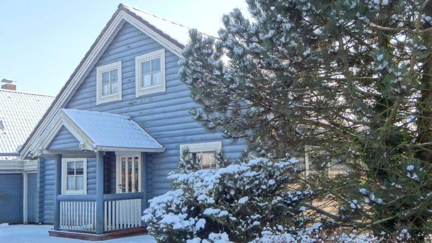 Genießen Sie das schöne Holzhaus auch im Winter