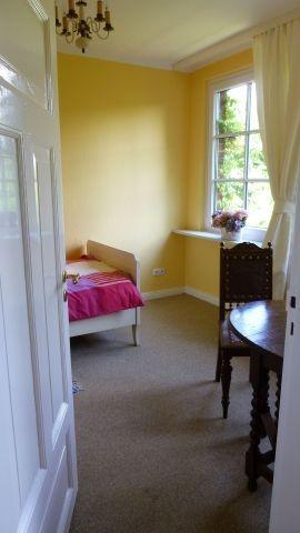 Im Rosenzimmer steht nun ein Doppelbett