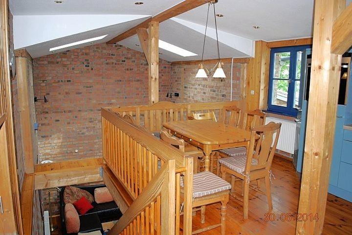 Blick auf den Essplatz in der Wohnküche