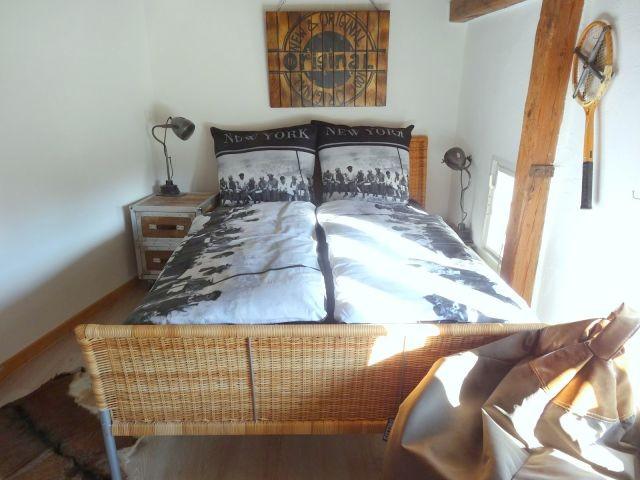 Das erste Schlafzimmer versprüht jugendlichen Charme