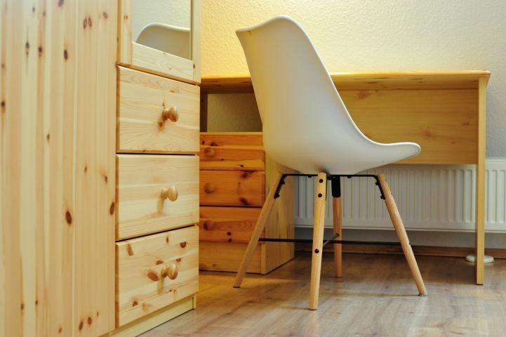 Schreibtisch im DG Schlafzimmer 3