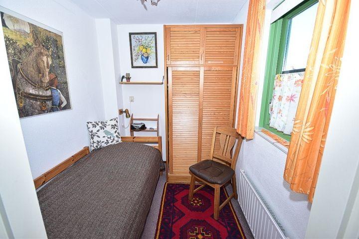3. Schlafzimmer/Parterre, gegenüber dem WC)