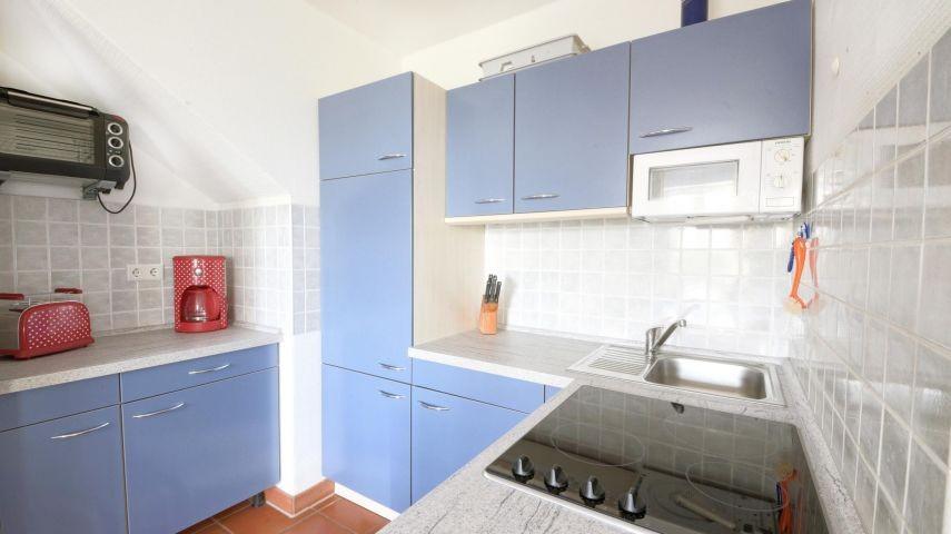 Fewo Inselschwalbe (D42): Ein Blick zu der Küche.