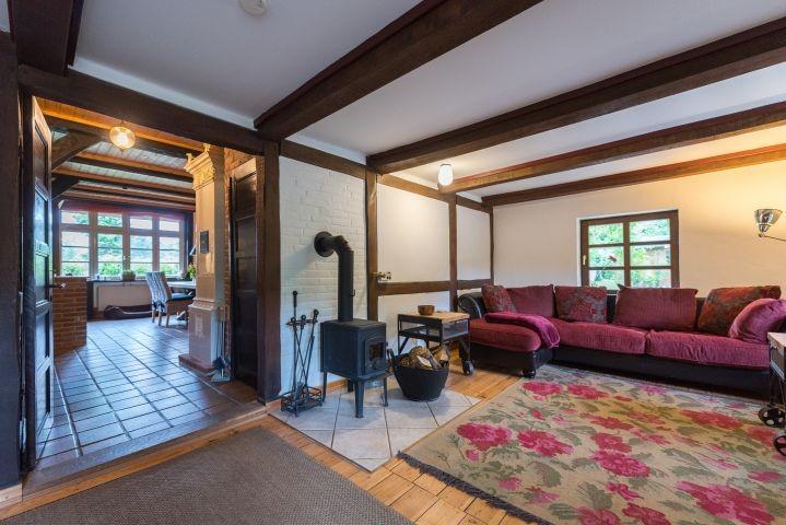 Wohnzimmer mit Blick in das Esszimmer