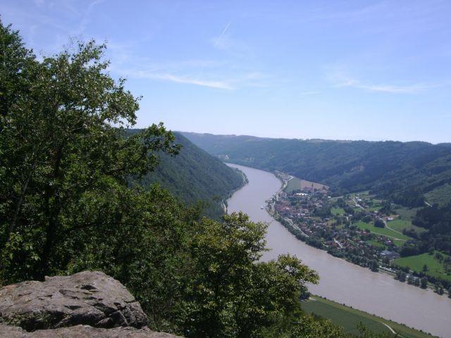 """Donaublick Ebenstein, schöne Hundewanderung am """"Sonnenweg"""", Gottsdorf/Untergriesbach, 7 km entfernt"""