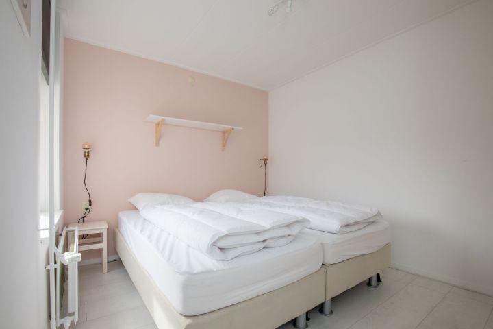 Schlafzimmer 1 mit 2 Einzel Boxsprings