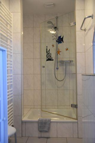 Dusche im Bad en suite