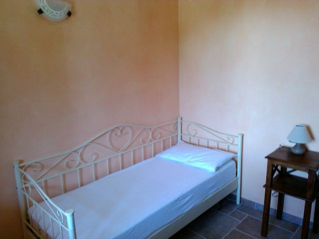 Das 4.e Schlafzimmer im EG mit Einzelbett