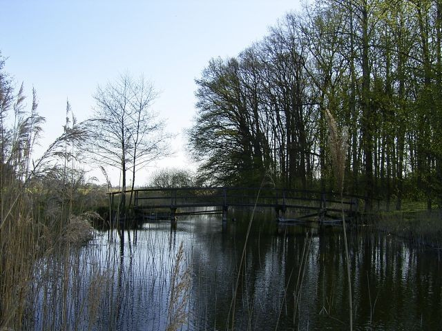 Der Tönnisbach fließt aus dem Glammsee in den Tempziner See